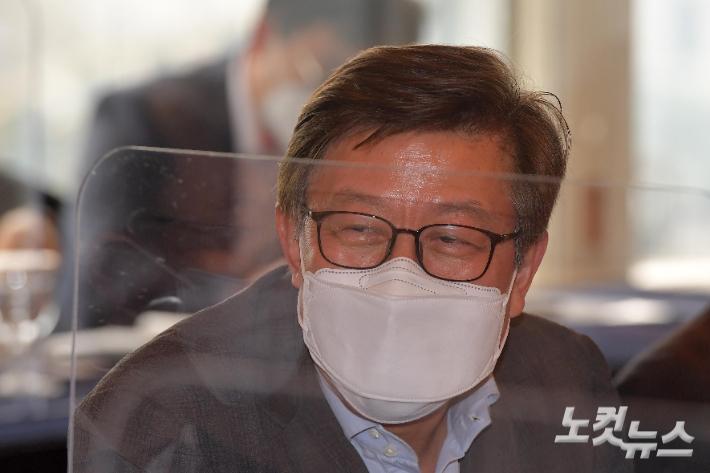 부산시, 사회백신 나눔 캠페인…1호 기부자는 박형준 시장