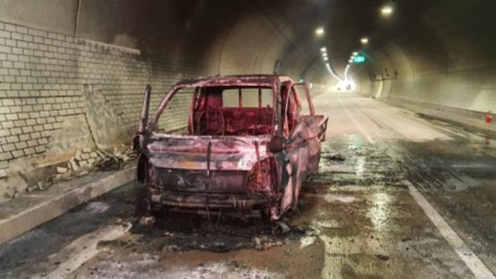 23일 부산 두명1터널 차량 화재 현장. 부산경찰청 제공