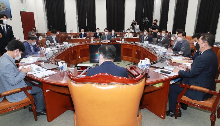 국회 정보위, 국정원 불법사찰 재발 방지 결의안 의결