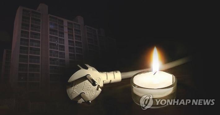 """""""여름이 무섭다""""…무더위에 확산하는 노후 아파트 정전"""