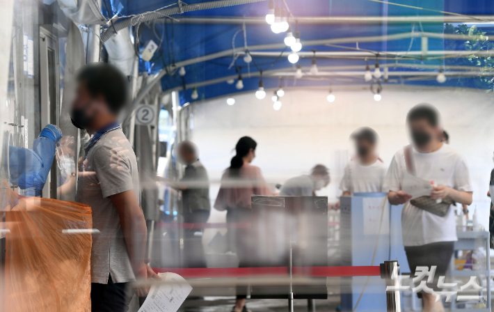 신규확진 1629명…비수도권 37%, '전국적 대유행' 조짐