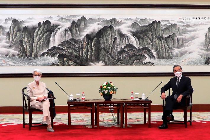 미중 톈진대첩…외교사령탑 말싸움 '아슬아슬'