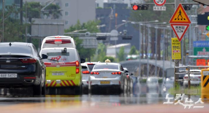 31일 부산에서 올해 들어 두 번째 폭염경보가 내려졌다. 박종민 기자