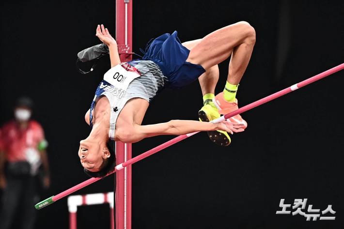 '한국新 4위' 높이뛰기 우상혁, 韓 육상 역사 새로 썼다[도쿄올림픽]