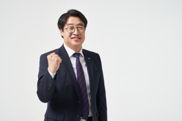 """정의당 김윤기 """"심상정, 이정미는 실패한 리더십, 교체 할 때"""""""