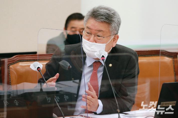 [기자수첩]정세균 하차로 몸값 오른 김회재 의원,이유는