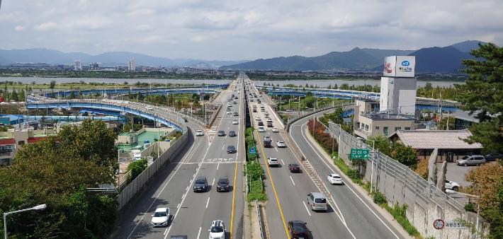 부산시민 출근시간 30.4분…8.7%는 타 시도로 통근