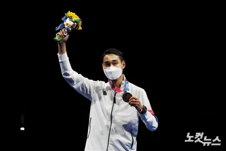 펜싱 맏형 김정환, 사상 첫 3회 연속 올림픽 메달 획득