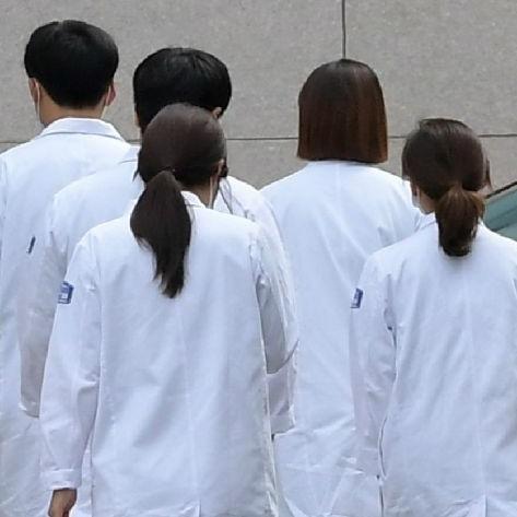 [타임라인]의대생들 수업·실습 거부에서 동맹휴학 중단까지